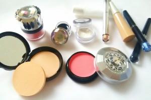【2016年10月1日施行】中国越境ECによる化粧品輸入に関して消費税の減額調整が確定