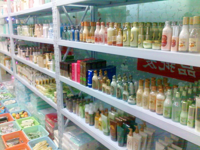 越境EC新制度施行後も、化粧品の輸入商品登録が簡素化できる!?